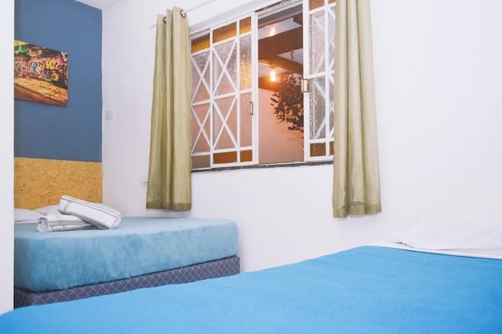Suíte para 3 pessoas - Roca Hostel