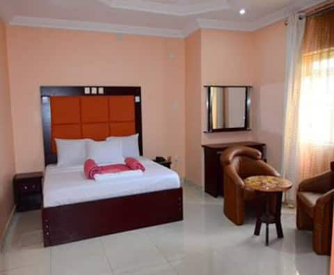 hotel benizia asaba the i deal suit for relaxation