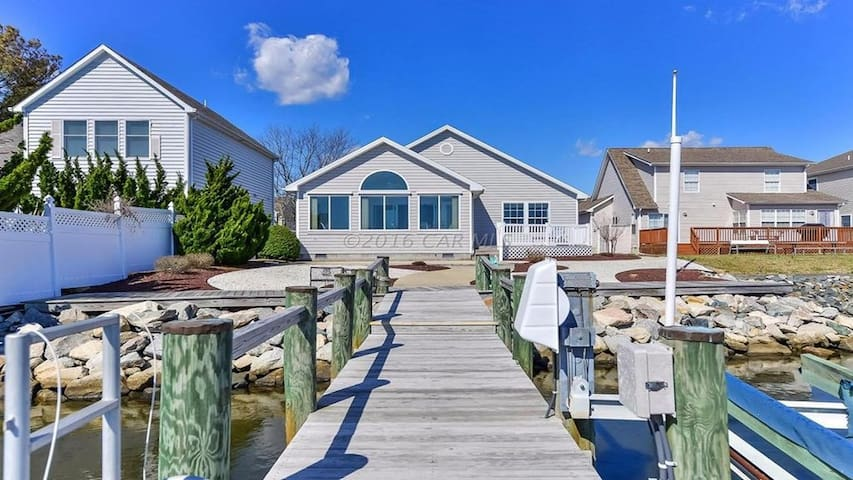 Ocean City & Fenwick *Water Front *1 Mile To Beach