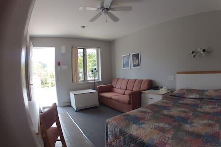 Chambre privée de type Motel - Tadoussac - Other