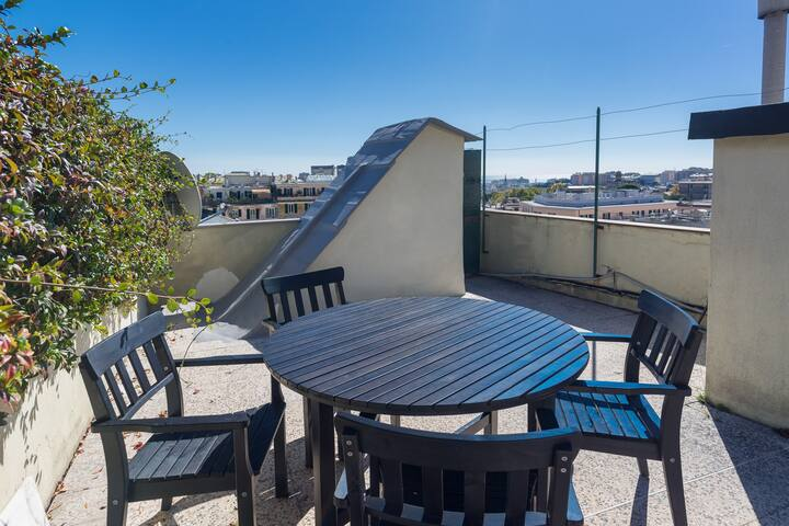 Oscar's View, A/C, Terrace, Conditional Parking