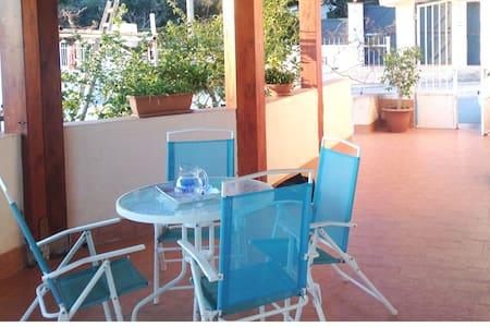 Sunset & Love Villetta Garden - Casa Santa - Vila