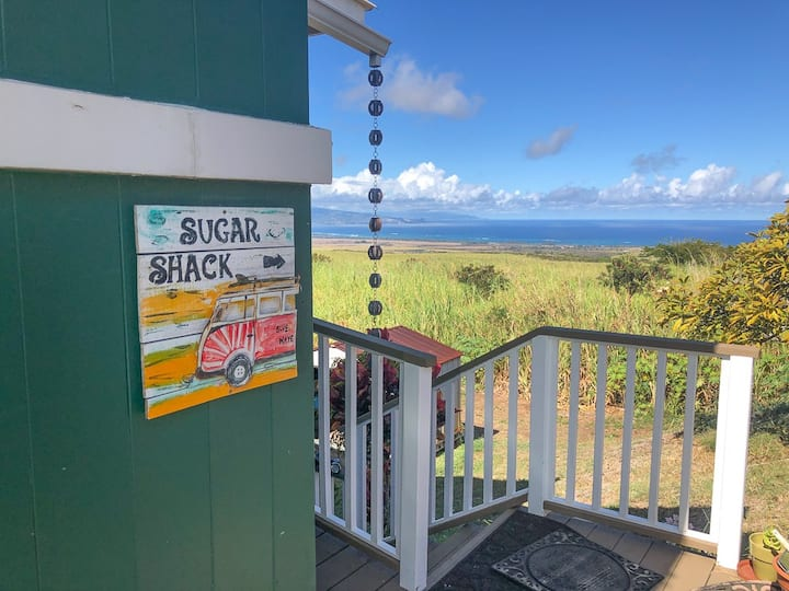 "The ""Sugar Shack"" Spectacular Views and Location"