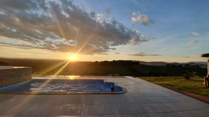 Chácara em Pouso Alegre com essa vista exuberante