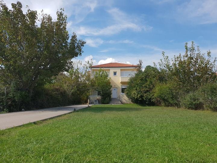 Beachfront private retreat in Agia Anna