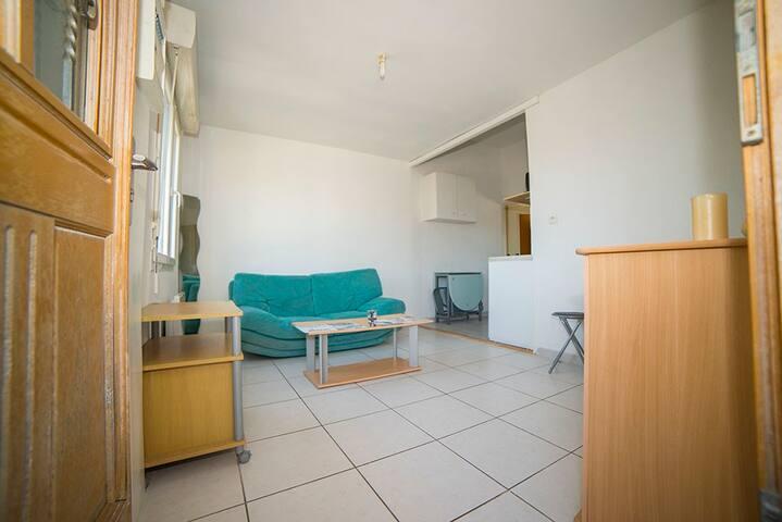 Appartement P2 entre Nimes et Montpellier