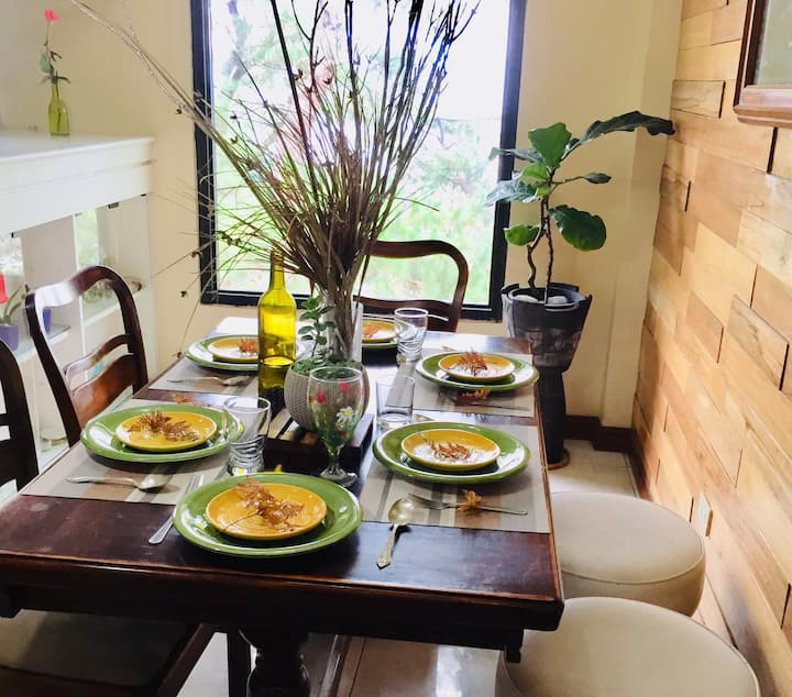 Mary's Home 1BR-Entire House 3pax (up to 8pax)