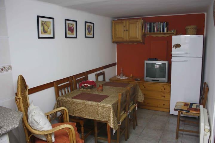 Casa Rural en Laspuña - Laspuña - Hus