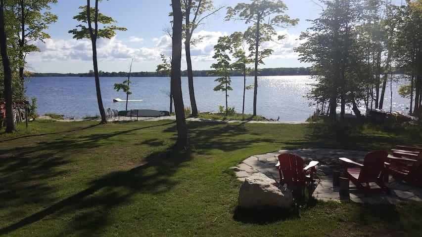 Lake House - Flesherton - キャビン