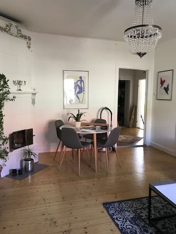 Lovely apartment close to Gothenburg City by tram
