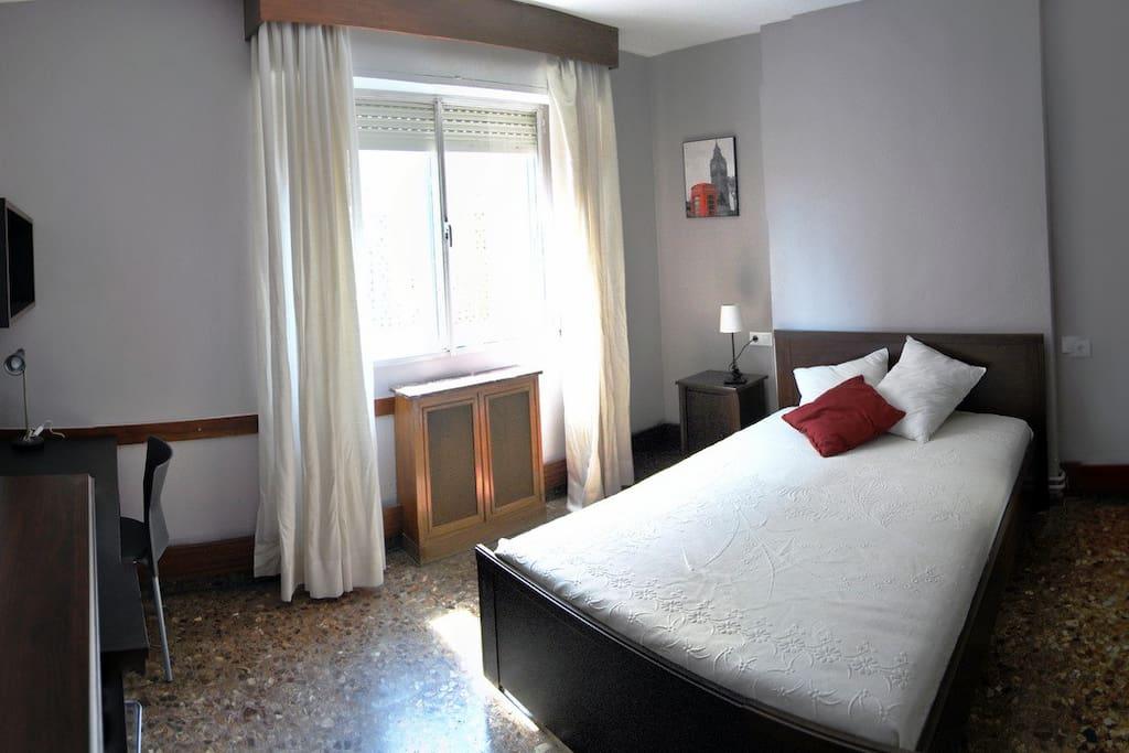 Habitaci n c ntrica y amplia en piso compartido in murcia regi n de murcia spanien - Piso estudiantes murcia ...