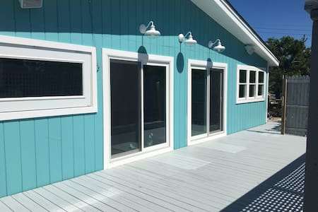 Davis Park, Fire Island- All new 4 bedroom