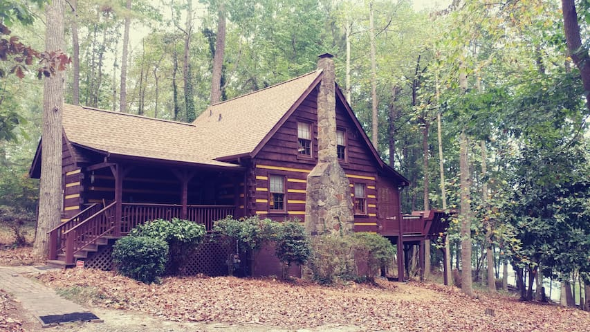 Real Log Cabin on Lake Lanier