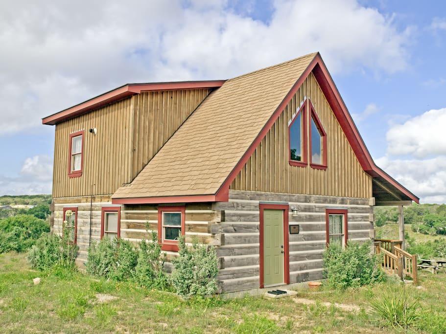 Braeutigam cabin agarita creek fredericksburg cabins for Cabins near fredericksburg tx
