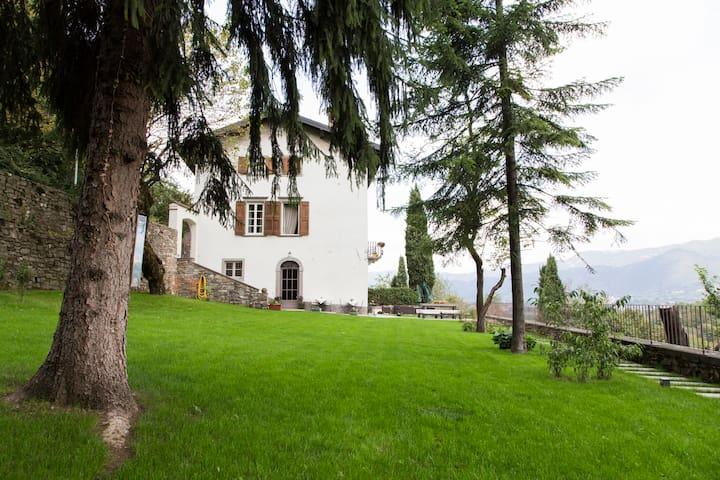 Suite Donnole  XV secolo Colli Bergamo Alta