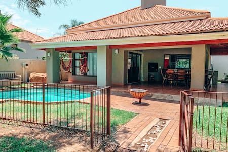 Pecanwood Golf Course & Lake View - Hartbeespoort