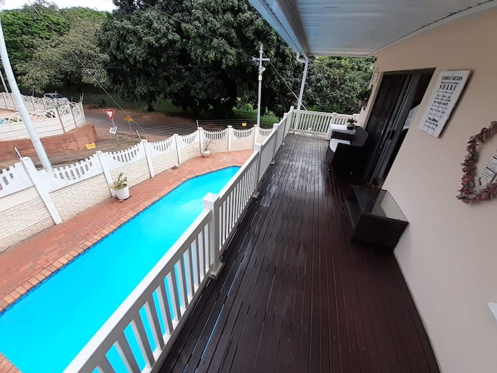 THE DECK - Ideal Business base in Glenmore /Umbilo