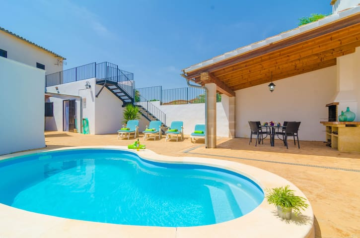 CAN PISTOLA - Villa with private pool in Algaida.