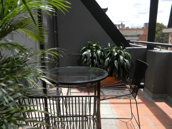 Nice flat with terrace in the 93 Park (604)