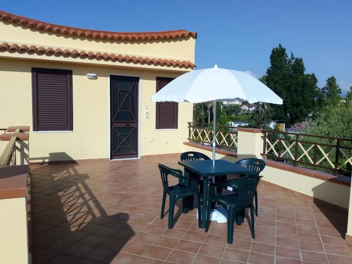 Apartment with one bedroom in Capaccio-Paestum, with enclosed garden and WiFi - 300 m from the beach