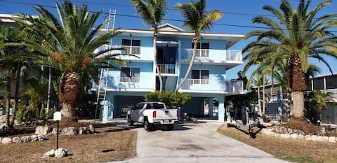 Blue House Marine in Key Largo