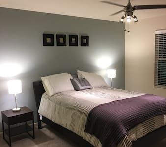 Cozy room in quiet Indianapolis suburb - Whitestown