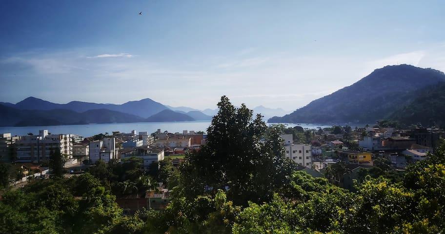 Apartamento com vista para a baia de Ubatuba