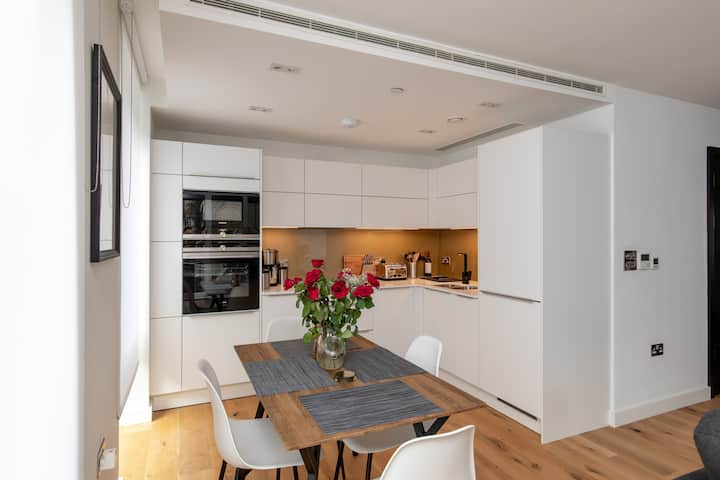 Central London Executive Westminster Apartment