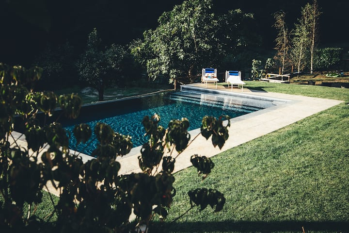 Barga Barn, Private Pool Trout River 5 mins Barga