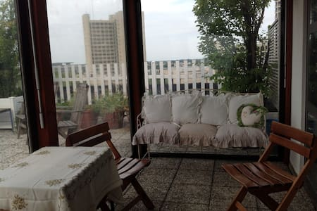 ATTICO MONOLOCALE IN TERRAZZA - Bologna - Wohnung