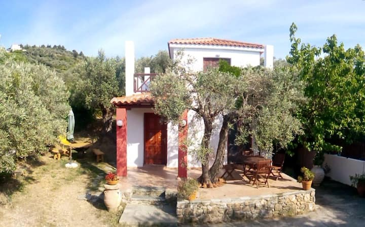 countryhouse nightingale 20min.walk to the town