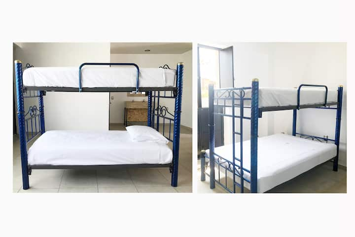 Downtown Double bed in Mixed Dorm