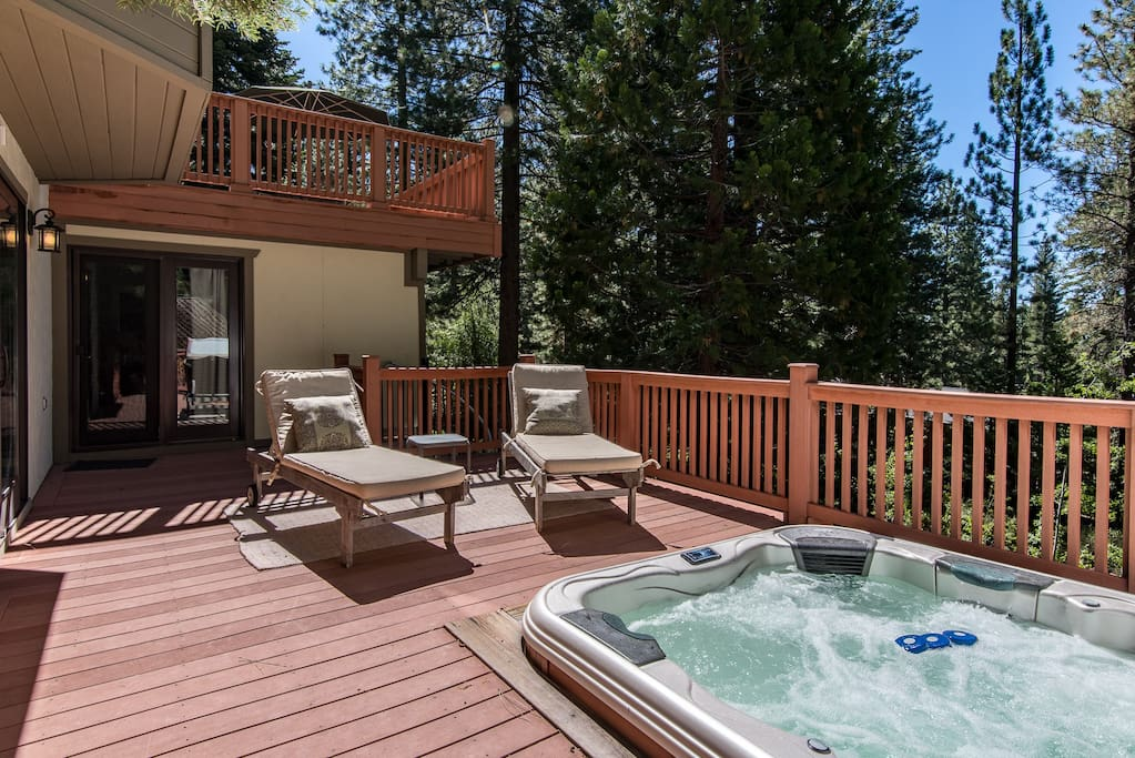 Enjoy a dip in the hot-tub after a day of hiking and sight-seeing.