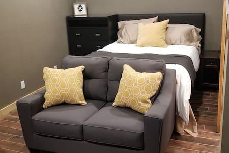 Nice a cozy