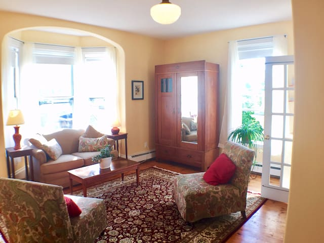 Private Suite in the Heart of East End Portland