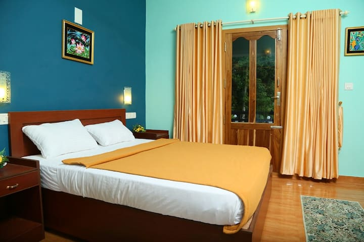 Mountain views Rooms - Idukki - Hus