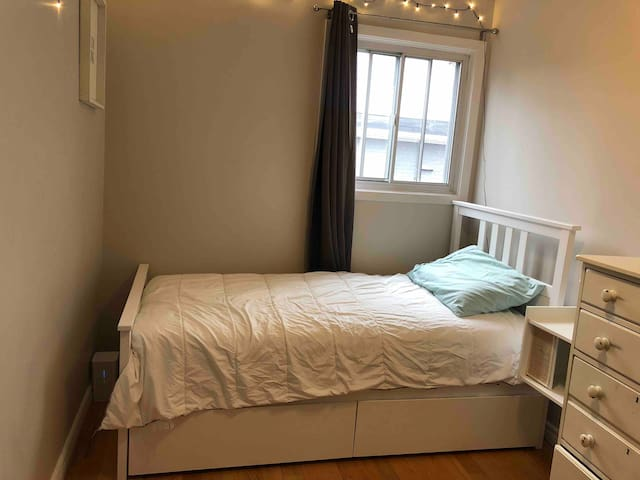 Cozy room in the Hamptons