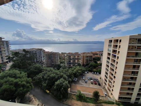 Appartement F3 vue panoramique mer  Parking privée