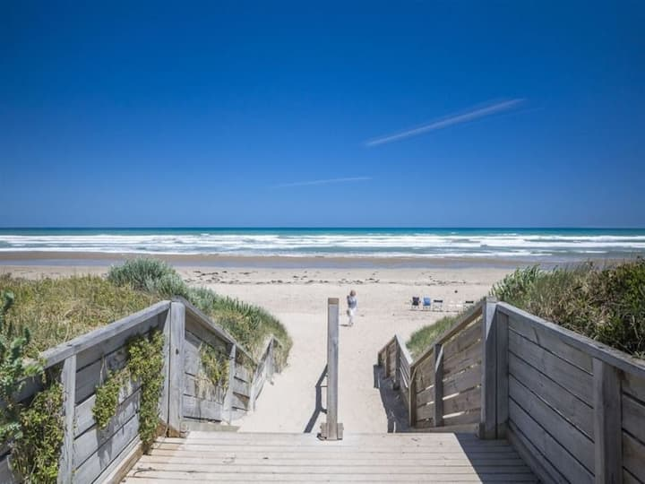 Beautiful Goolwa Beach just 500m. Family friendly