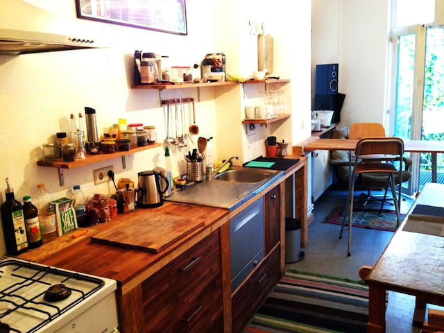 Kitchen, with tools and dishwasher