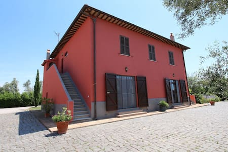 Spacious Farmhouse near Montalto di Castro with Shared Pool