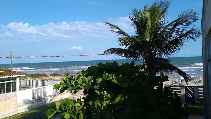 Apartamento em frente à praia, para até 5 pessoas!