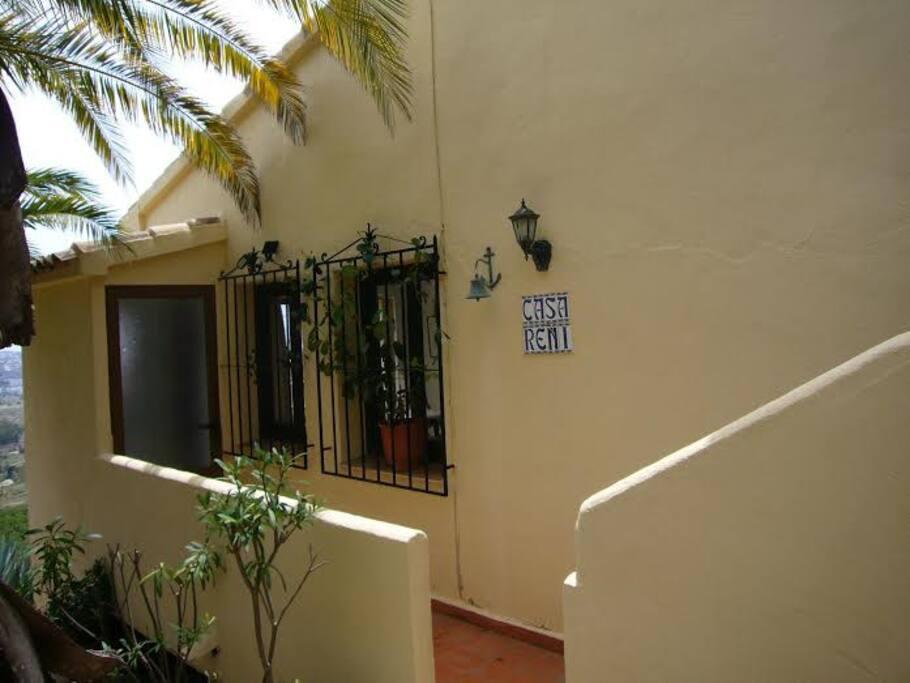 Wohnungs- Eingang