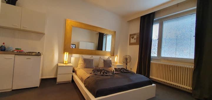 Mini apartment mit Bad/WC & Küche 2