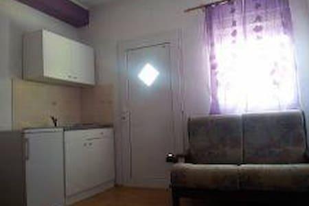 Apartman Baradić (2+1) - Biograd na Moru - Hus