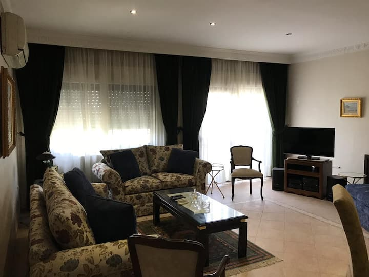 Abdoun apartment for rent (prefer yearly contract)