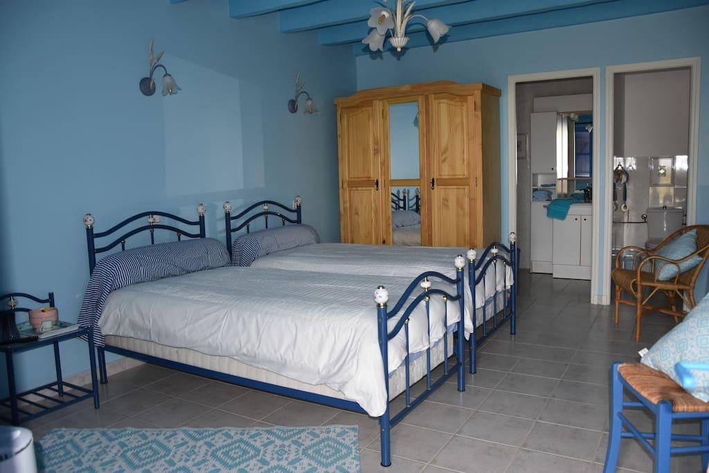 Camargue mas la salivageone chambre b chambres d 39 h tes louer saint gilles occitanie france - Chambre d hote port camargue ...