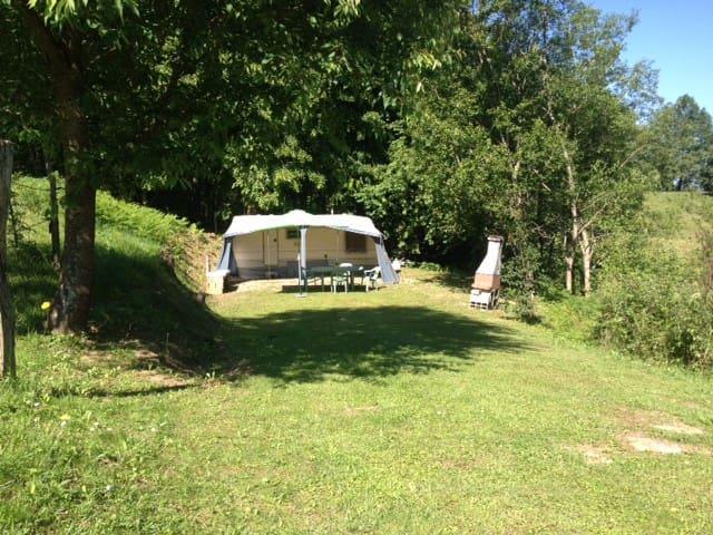 Caravan 4p in Ariège-Pyrénées - Bénaix - Camper/RV