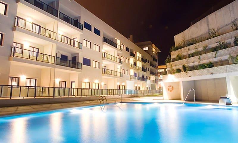 Аликанте Хиллс, 4 звездная резиденция с бассейном