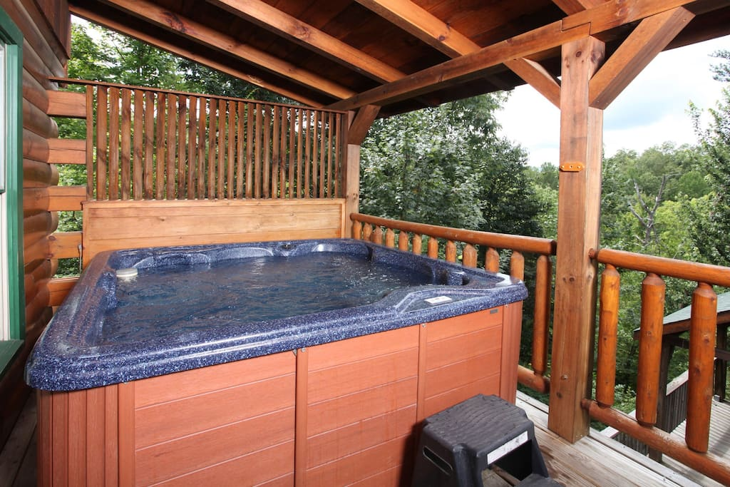 Jacuzzi,Tub,Deck,Porch,Chair